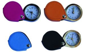 Mini horloge d'alarme de voyage (KV718)